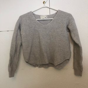 Aritzia Wilfred Free cropped knit sweater